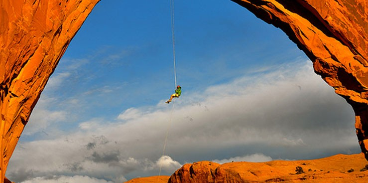 Arches-National-Monument-Utah-US191-Climber-739x367